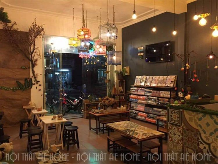 Lưu ý khi thiết kế không gian quán cafe,  ánh sáng đèn và độ sáng phù hợp với không gian bạn hướng tới