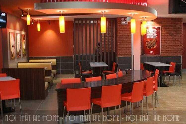 Thiết kế nhà hàng ăn nhanh với gam màu đỏ chủ đạo