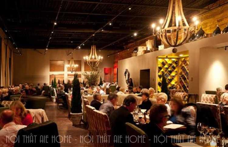 Hình ảnh về nhà hàng Châu Âu kiểu Pháp vô cùng giản dị mà lại sang trọng quý phái